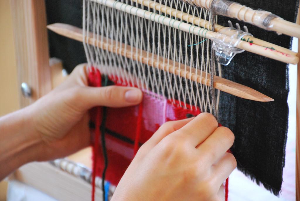 Loom-close-up-2